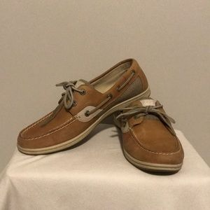 Sperry women's boat shoes size 9